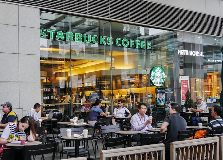Teurer Kaffee bei Starbucks | © panthermedia.net / Asawin klabma