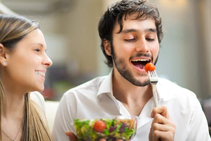 Gesundes Essen schmeckt lecker   © panthermedia.net / minervastock